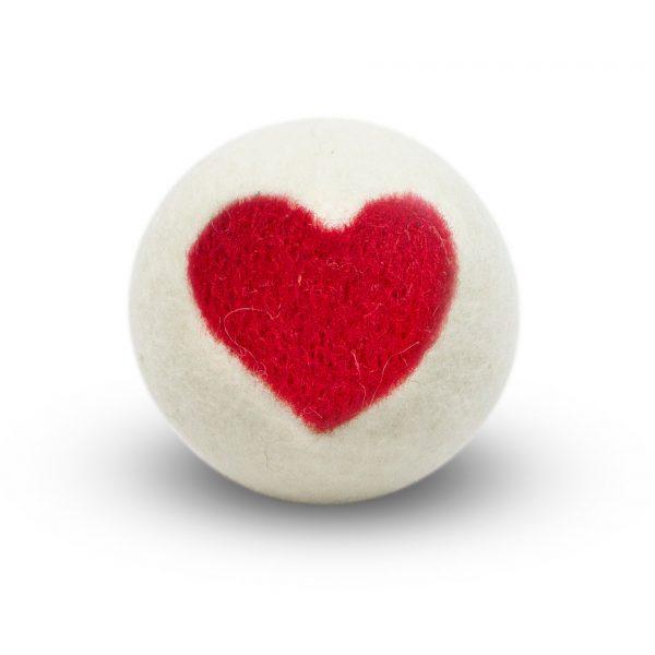 boule de séchage blanche avec coeur rouge - assouplissant naturel