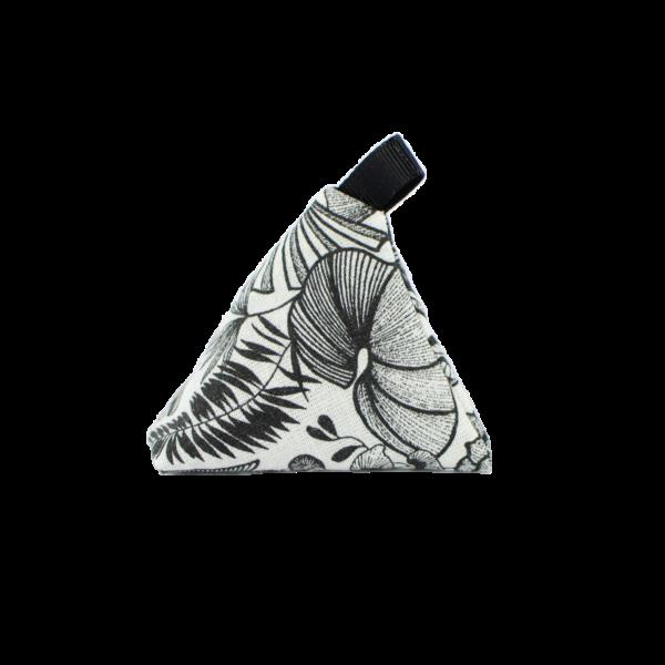sachet senteur lavande avec des motifs noirs et blanc