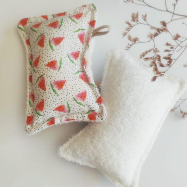 Eponge lavable avec des motifs pastèque