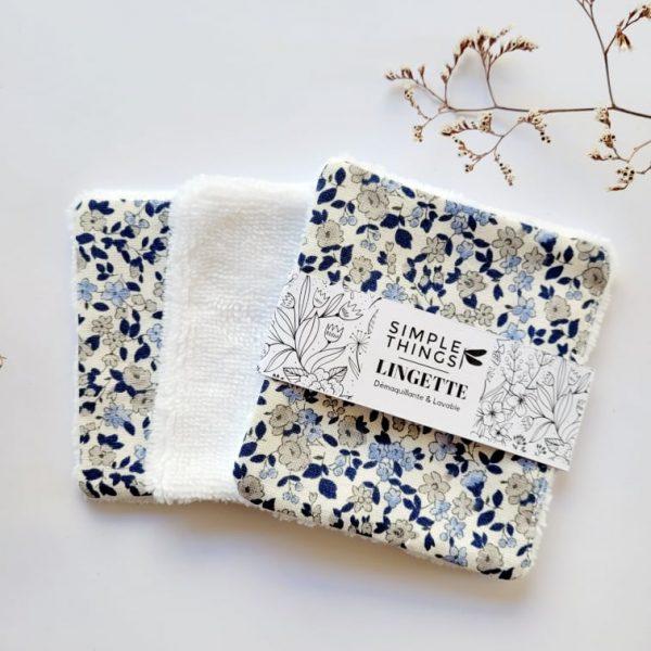 Lingettes démaquillantes avec motif inspiration liberty bleu et blanc